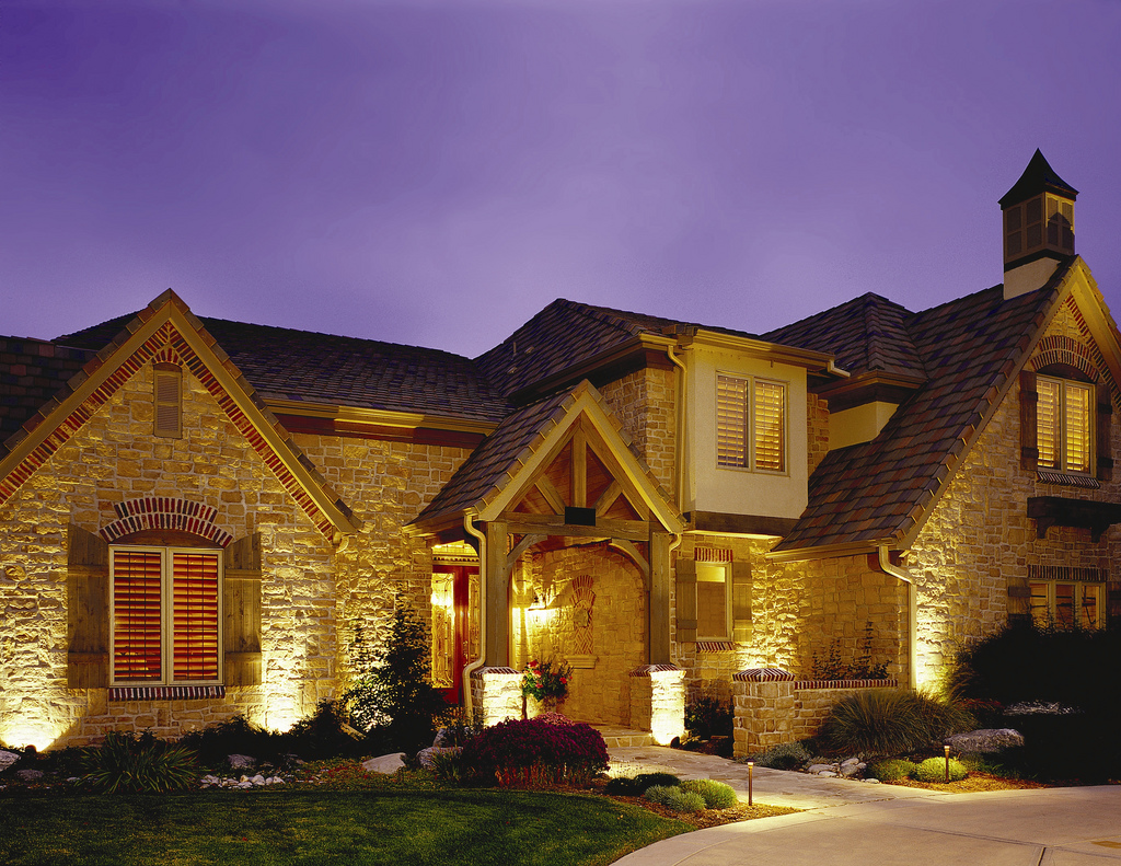 Free consultation outdoor lighting of colorado 39 s blog for Architectural landscape lighting