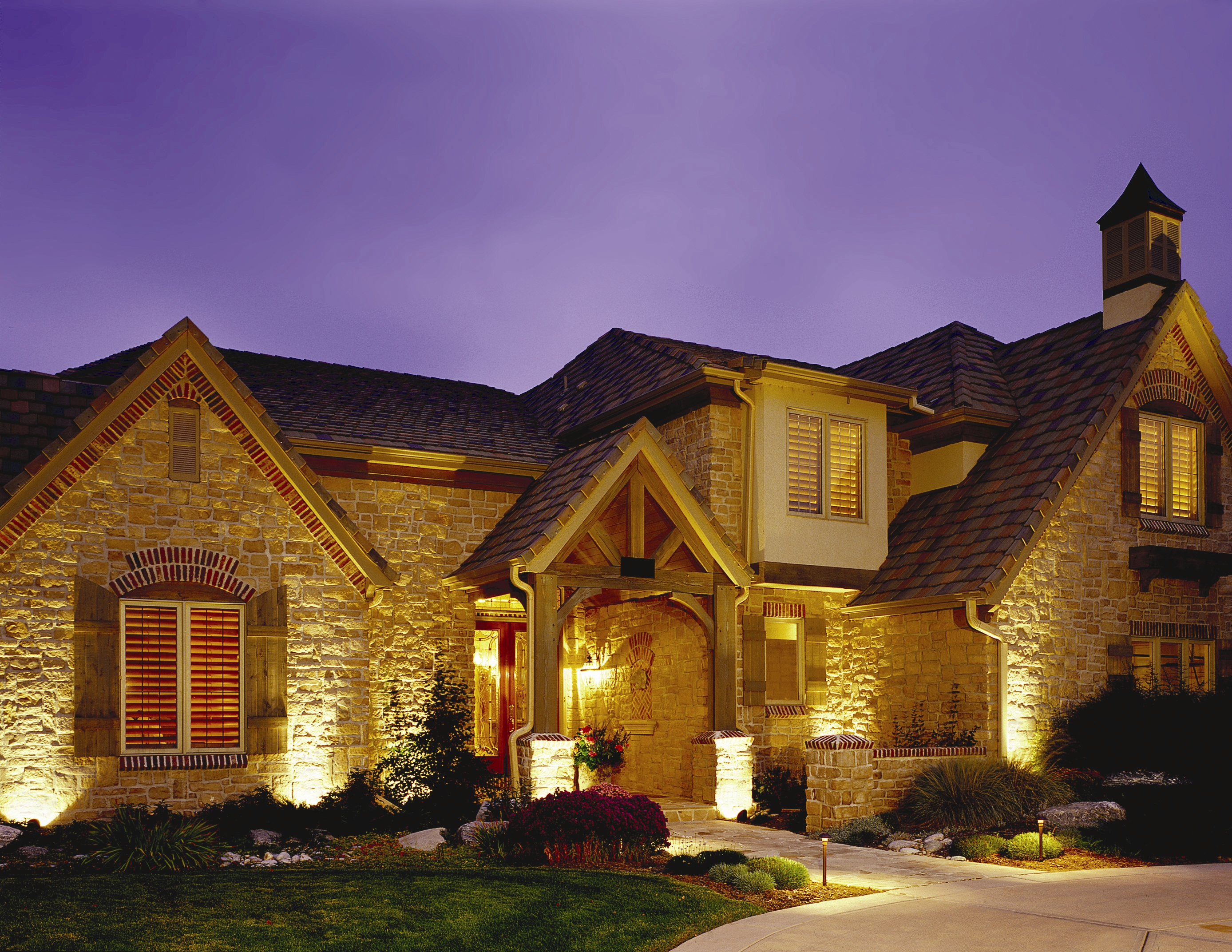 Security safety outdoor lighting of colorado 39 s blog for Exterior uplighting