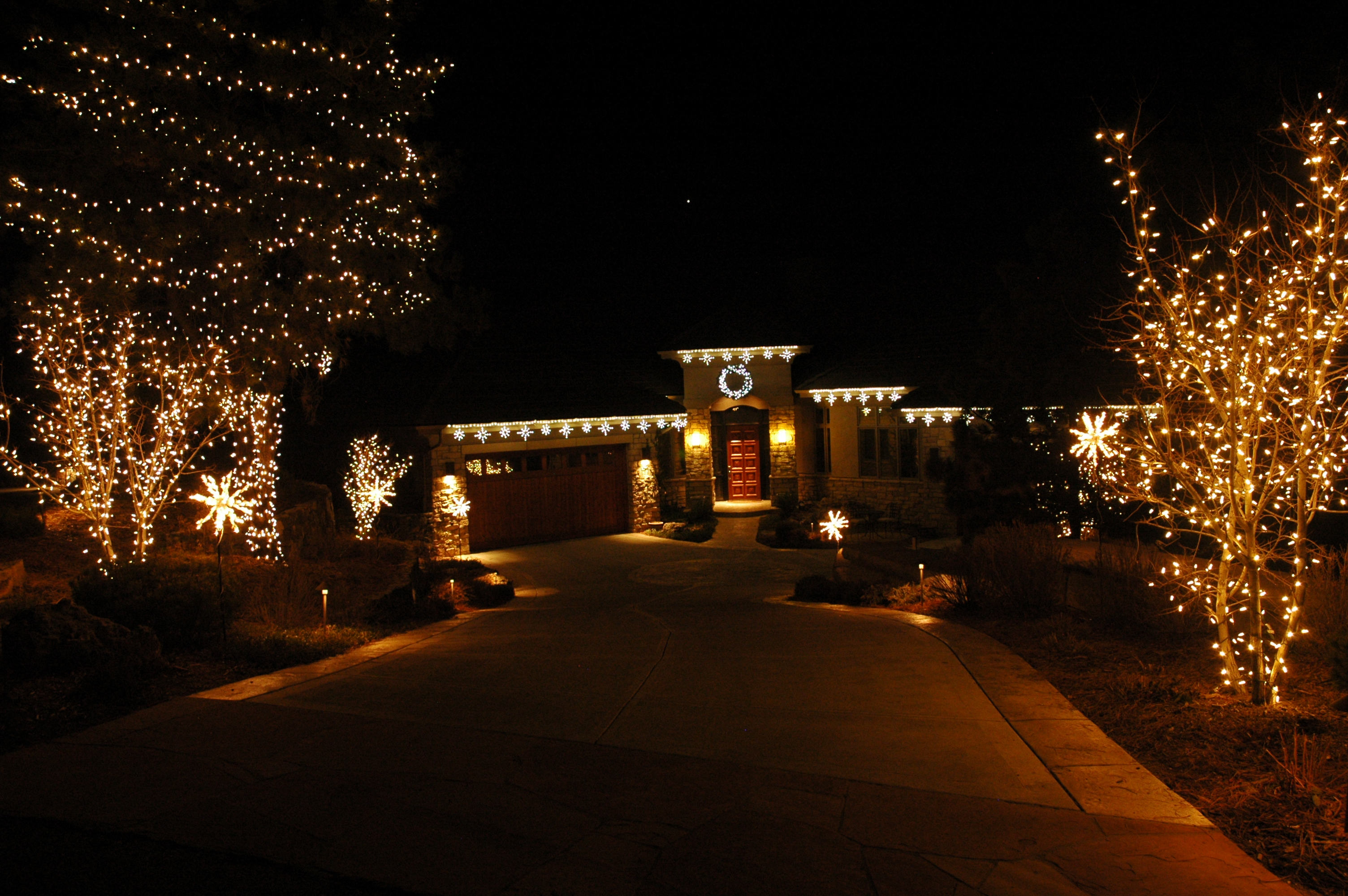 Do it yourself lighting outdoor lighting of colorados blog residential christmas lighting solutioingenieria Images